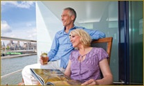 Couple_on_balcony_of_river_cruise_image